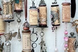 Декоративные украшения из пробок