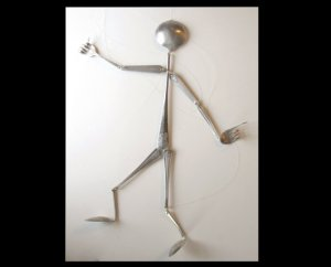 Кукла-марионетка из вилок и ложек