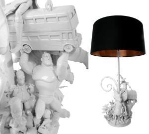 Декор лампы старыми игрушками