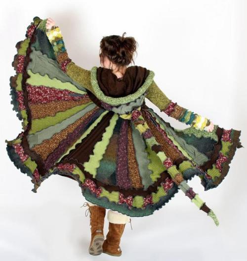 Лоскутное платье из старых свитеров