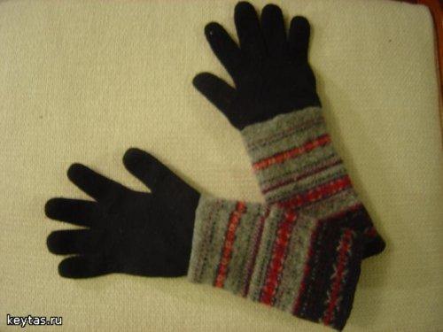 удлинить перчатки с помощью старого свитера