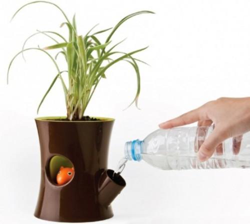 Горшок для растений с белкой
