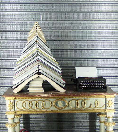 Ёлка книголюба, из книг